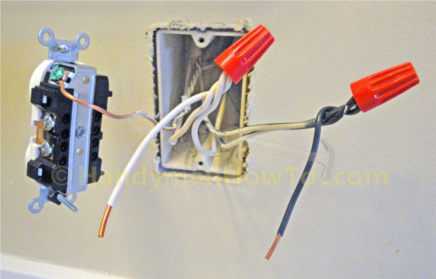 backwiring an electrical outlet in parallel with pigtail connections rh pinterest ie Installing a 4 Wire Pigtail wiring receptacles pigtail or not