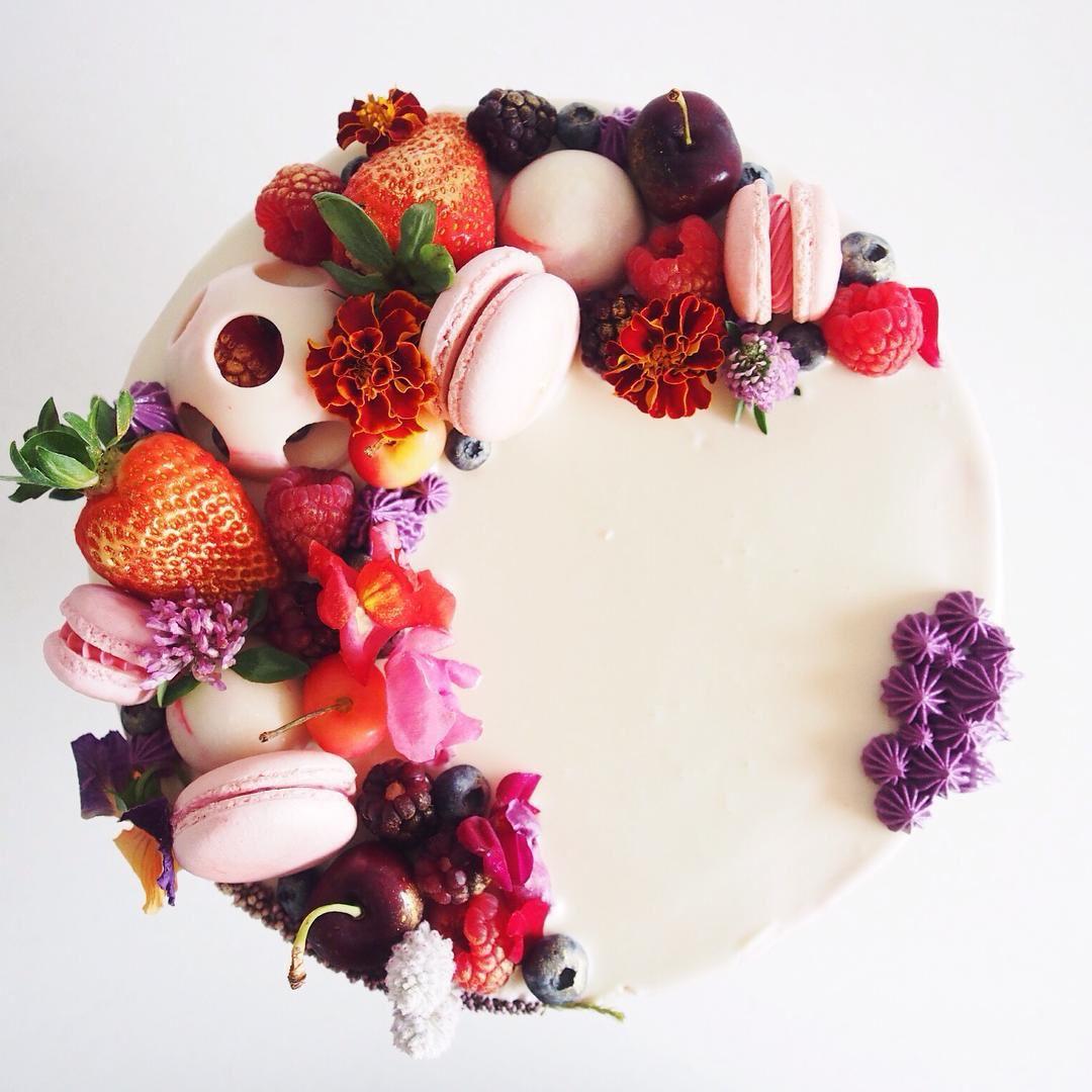 Creative wedding cakes sydney