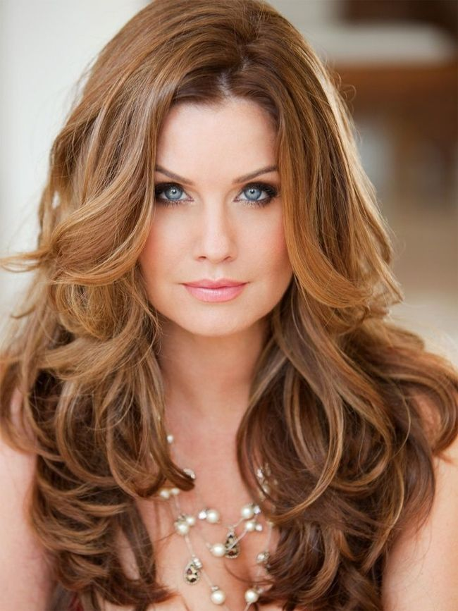 Good Long Wavy Hairstyles For New Year Party Long Wavy Hair Medium Hair Styles Haircuts For Long Hair