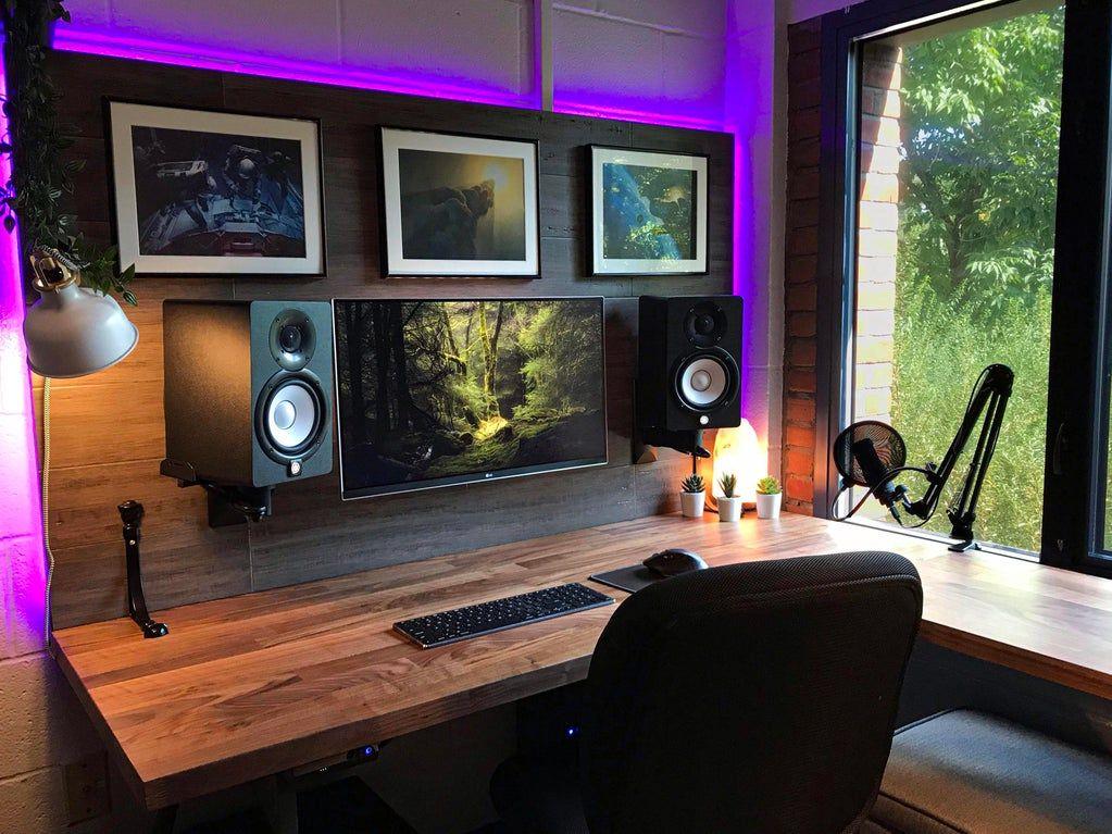 Finished My Dorm Room Setup Battlestations In 2020 Dorm Room Setup Gaming Room Setup Room Setup