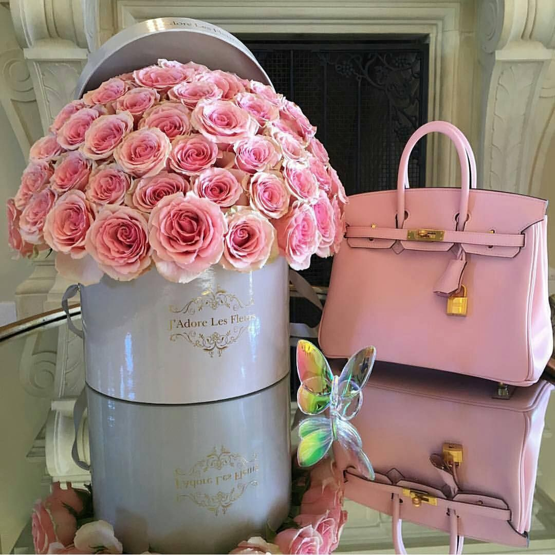 Your flowers and your bag #goodmorning