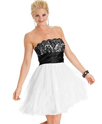 Roberta Juniors Dress, Strapless Lace Tulle A-Line