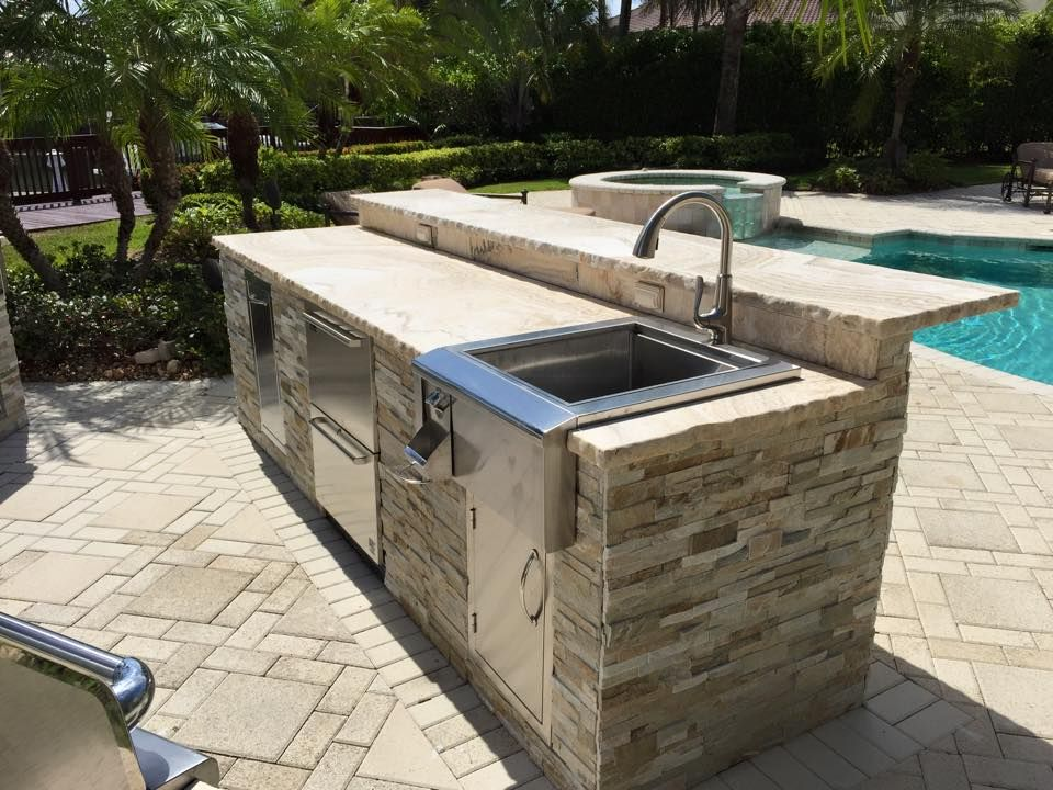 The bbq depot 42 alfresco grill alfresco versa burner for Outdoor kitchen with sink and fridge