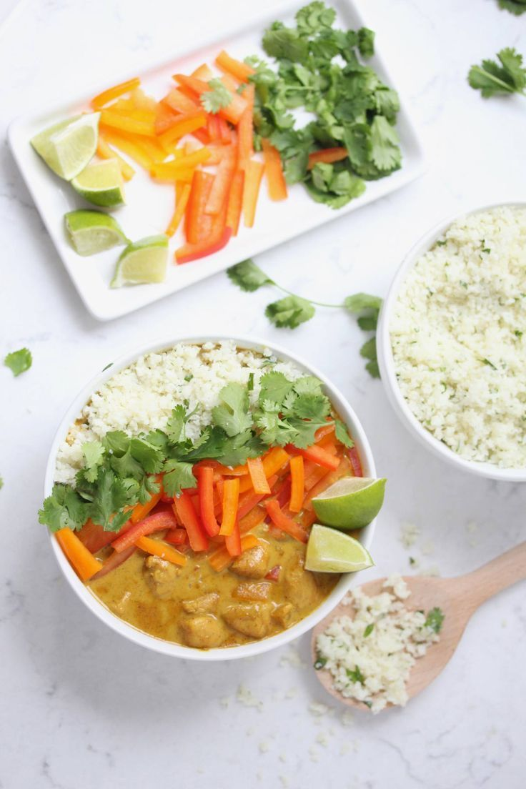 Coconut Curry Chicken with Cilantro Cauliflower Rice This coconut curry chicken with cilantro cauliflower recipe is healthy, easy and full of flavor. The leftovers are simply delicious and are perfect for meal prep. |
