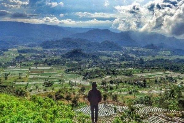 Potret Indah Dan Menariknya Wisata Alam Kekinian Bantir
