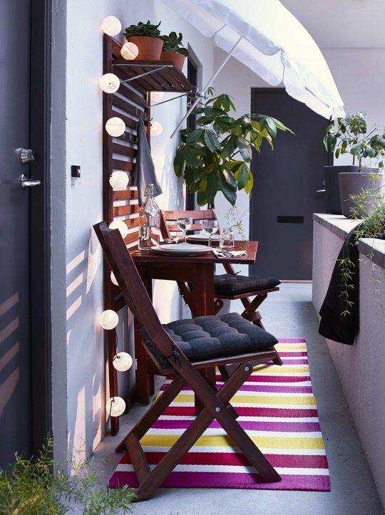 8 Itty-Bitty Outdoor Dining Sets Big on Style, Not Space