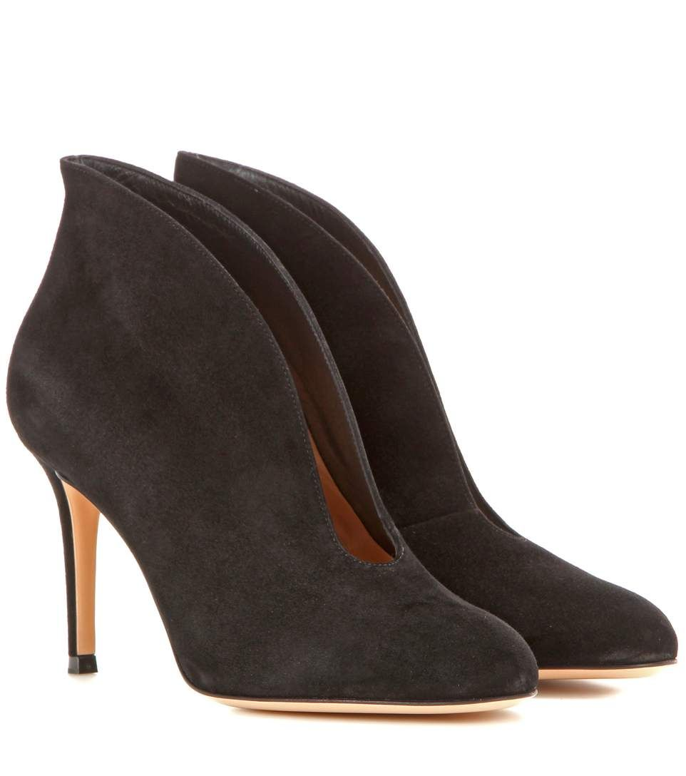 mytheresa.com - Vamp 85 suede ankle boots - Luxury Fashion for ...