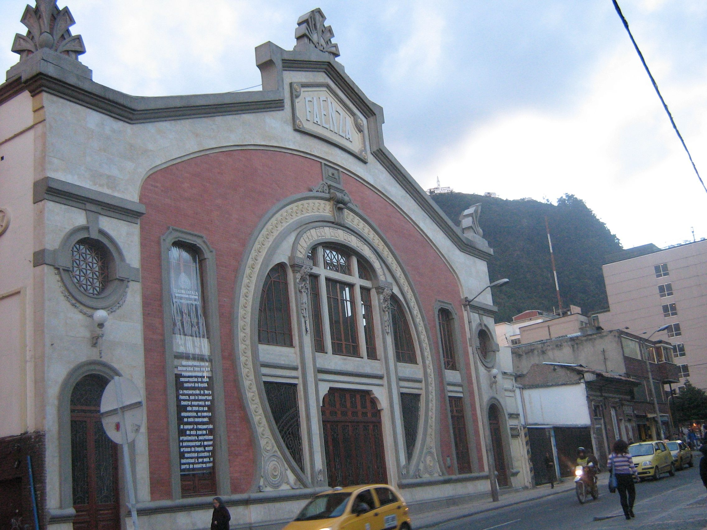 Teatro Faenza en Bogota