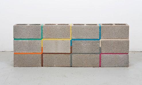 Diy Idea Turn Cinder Blocks Into Art With Colorful Mortar Concrete Blocks Cinder Block Walls Breeze Block Wall
