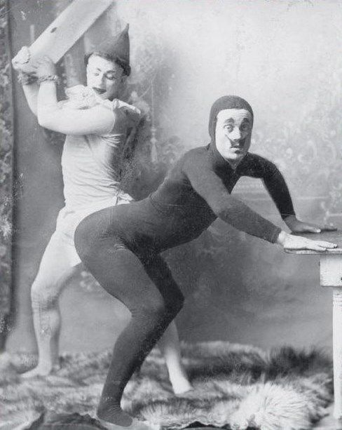 29 Strange Images of Vintage WTF That Prove People Have Been Weird Forever