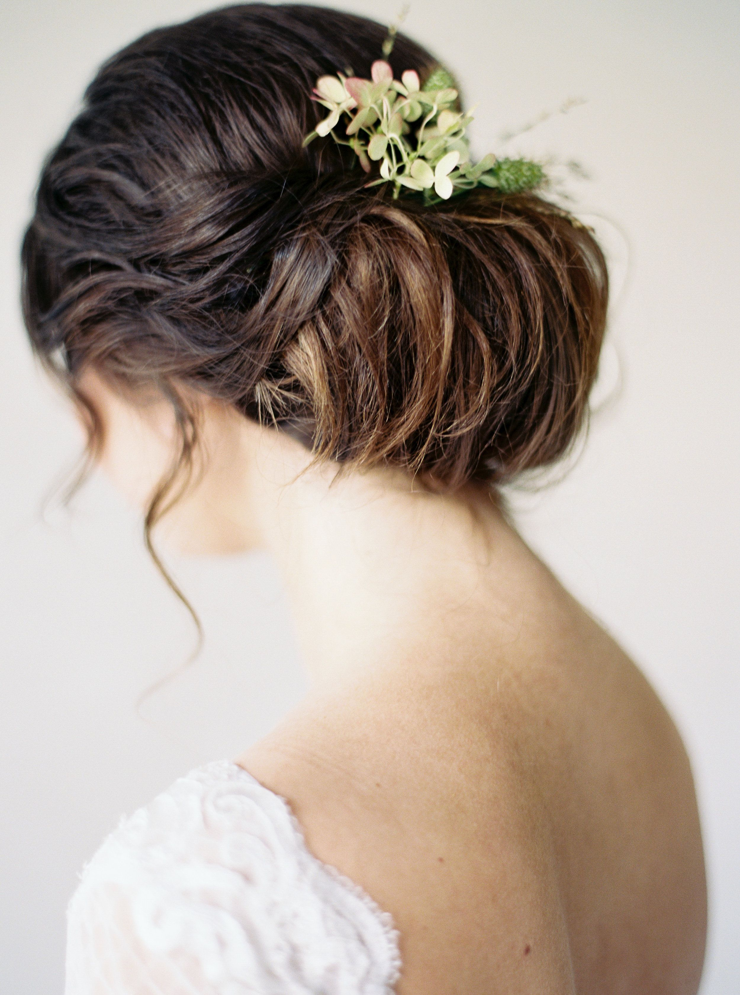 Bridal Makeup Artist Seattle Wedding Hairstyle Anna Peters Photo
