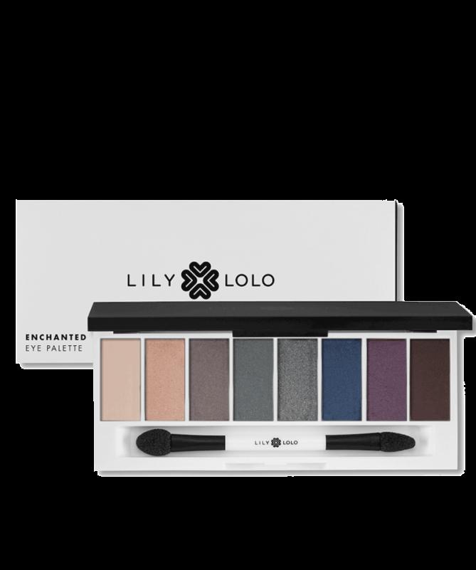 LILY LOLO Palette Yeux Enchanted #mineralcosmetics La Palette Enchanted de Lily Lolo contient huit ombres à paupières minérales compactes ultra-pigmentées aux couleurs profondes et décadentes, parfaites pour la saison.  26,90€ E-Shop: www.officina-paris.fr #lilylolo #eyepalette #beauténaturelle #beautégreen #veganbeauty #cleanbeauty #eyeshadow #paletteyeux #enchanted #lilylolo