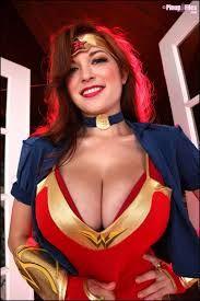 Big tits wonderwoman