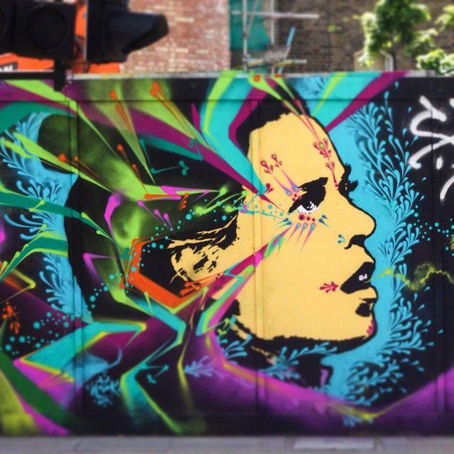 Gorgeous new piece popped up this week  Artist  : @stinkfishstink  #london #2015 #londoner #londonlife #londonlive #ilovelondon to #art #design #streetart #streetartlondon #street_art #worldofstreetart #londonstreets #londonstreetlife #streetlife #shoreditch #thisislondon #timeoutlondon #shutup_london #london_only #_londonface