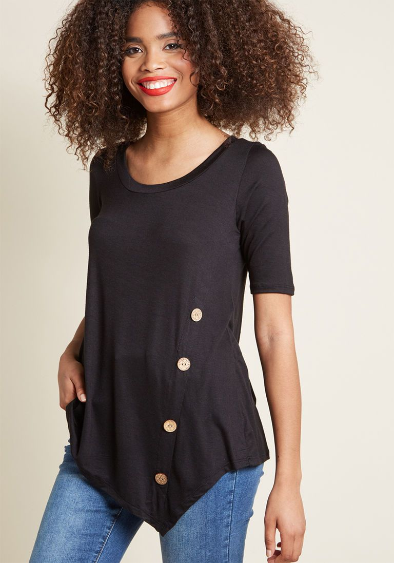 1cee0aa3d546b Plus Size Boho Clothing   Fashion. Quaint a Picture Knit Top in Black in XS  - Short Sleeve Regular Waist