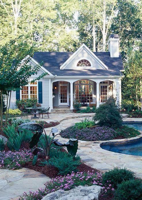 I Love This Home So Cute 住宅 外観 ファンタジーハウス