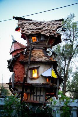 Unique Birdhouses | Birdhouses | Bird house kits, Bird ...