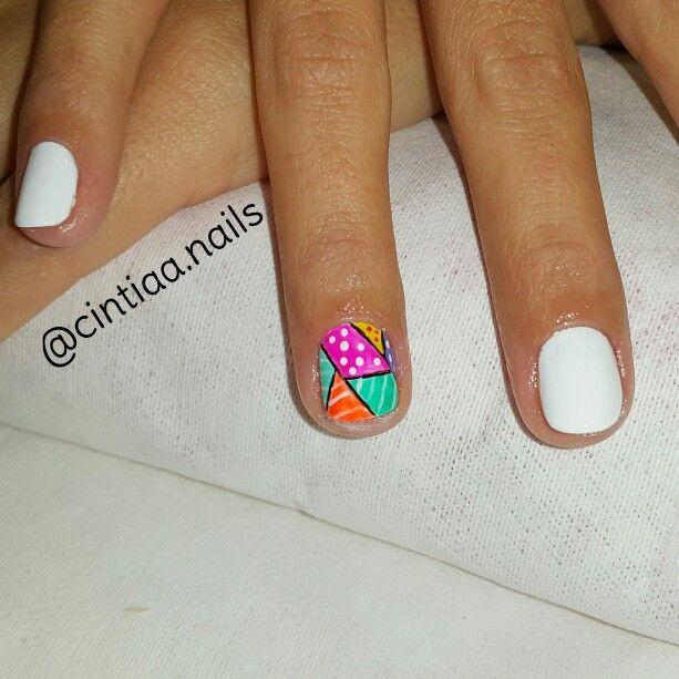 Esmaltado  blanco + diseño mosaico