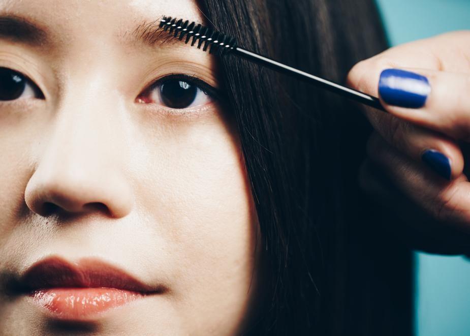 Brushing Eyebrows   Eyebrow care, Eyebrows, Face serum