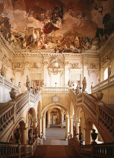 Wurzburg Palace This Former Residence Of The Warzburg Prince Bishop Was Built Over 70 Year Perio Art And Architecture Architecture Old Beautiful Architecture