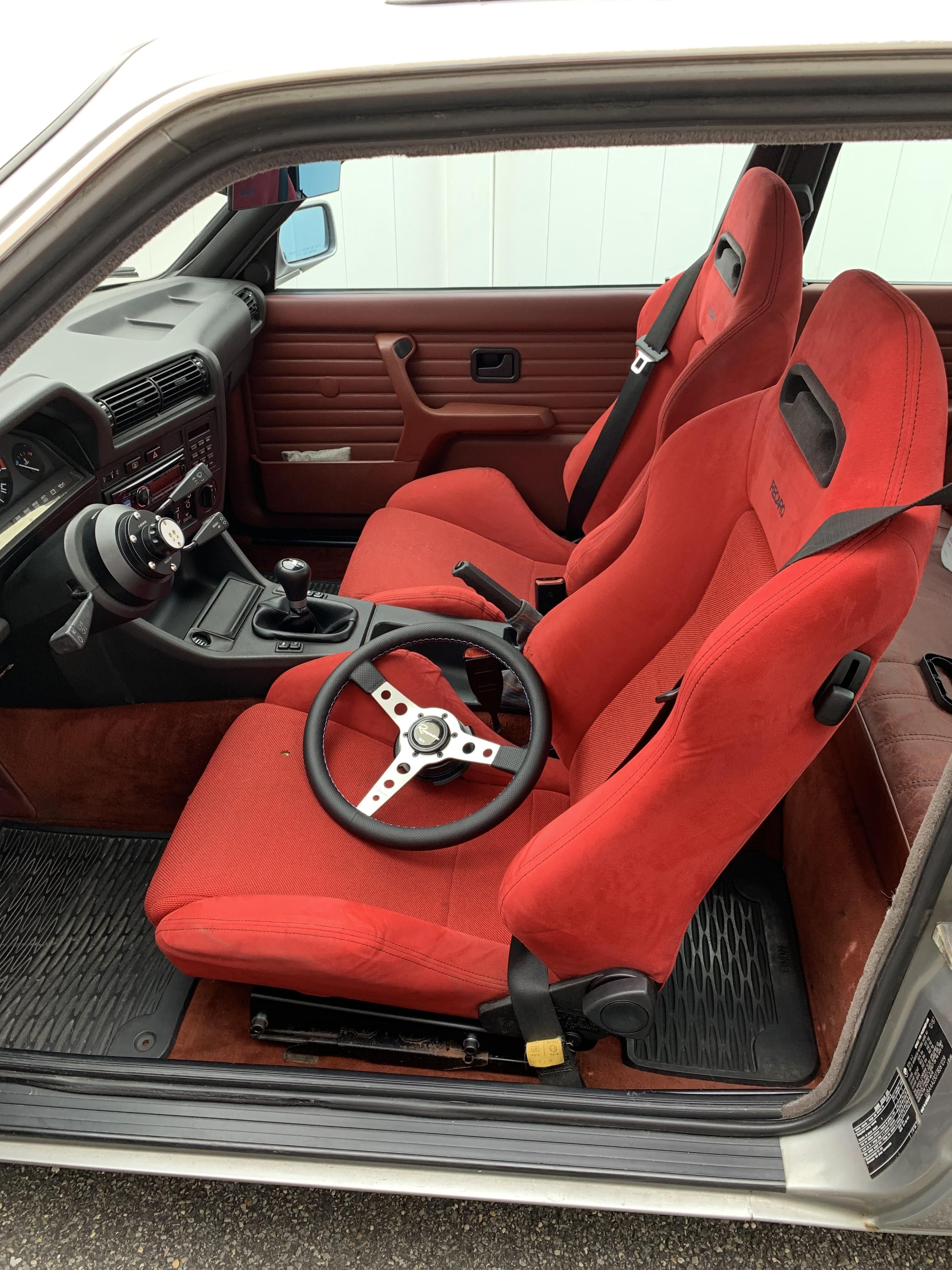 Apologies To The Purists Found These Authentic Recaro Sr3s For The Same Price As Recovering The Oem Sports Seats So I Just S Sport Seats Recaro Baby Car Seats