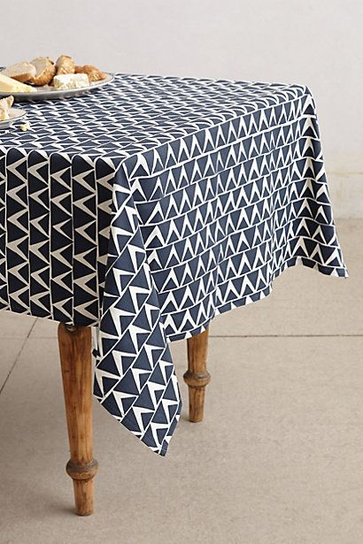 At An Angle Tablecloth With Images Table Cloth Modern Tablecloths