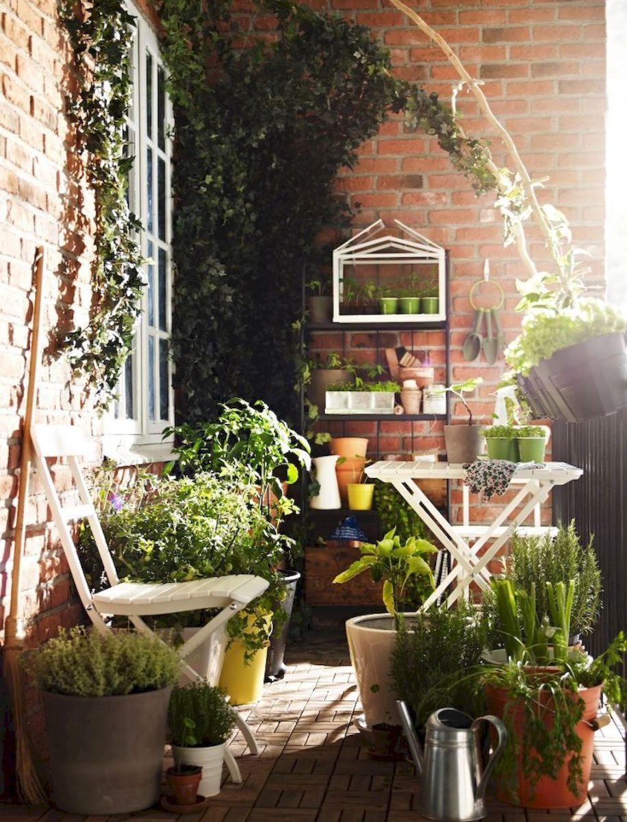 13 Small Balcony Design Ideas: Small Apartment Balcony Decorating Ideas (13)