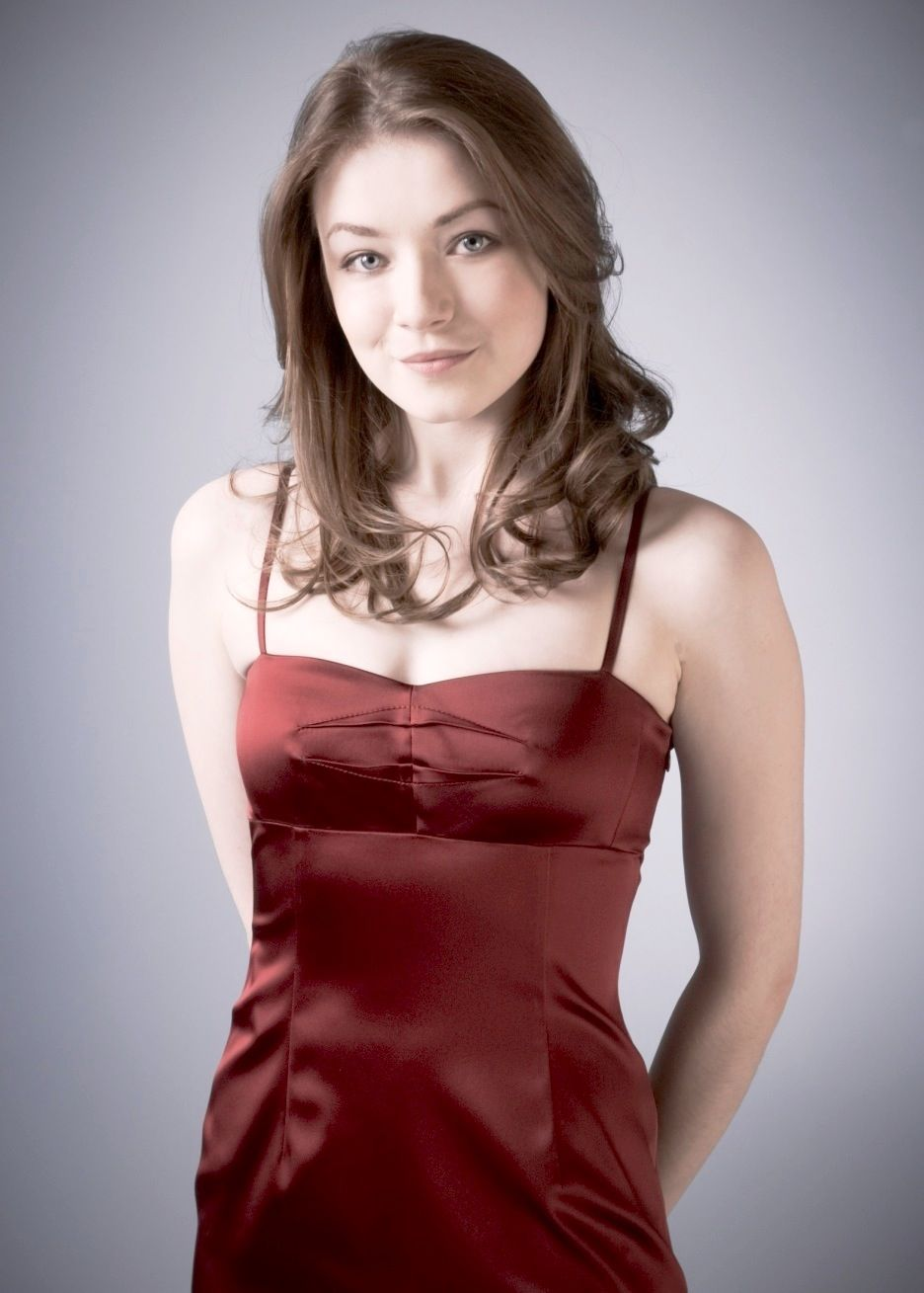 Cleavage Sarah Bolger naked (63 photos), Sexy, Is a cute, Boobs, braless 2017