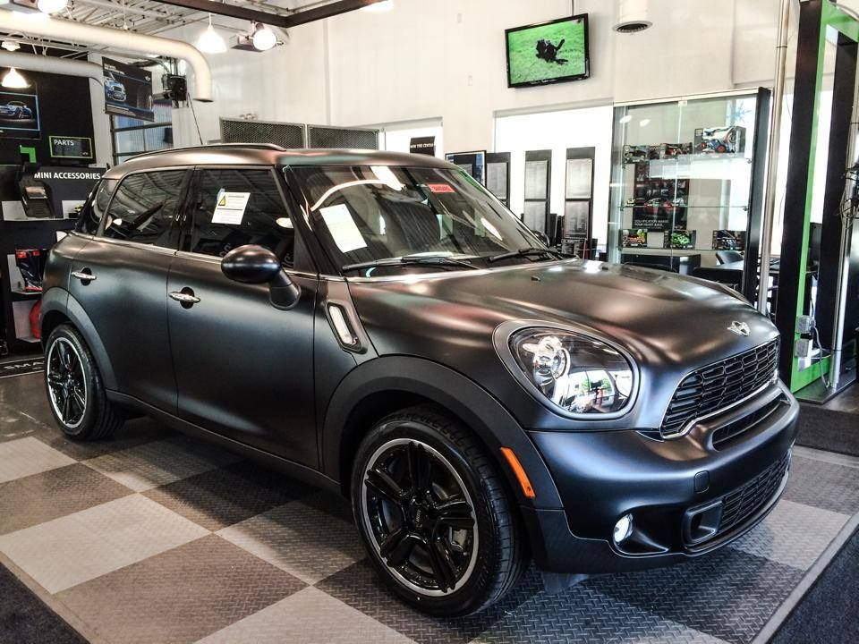 The MINI Cooper Countryman with a Frozen Black Metallic ...