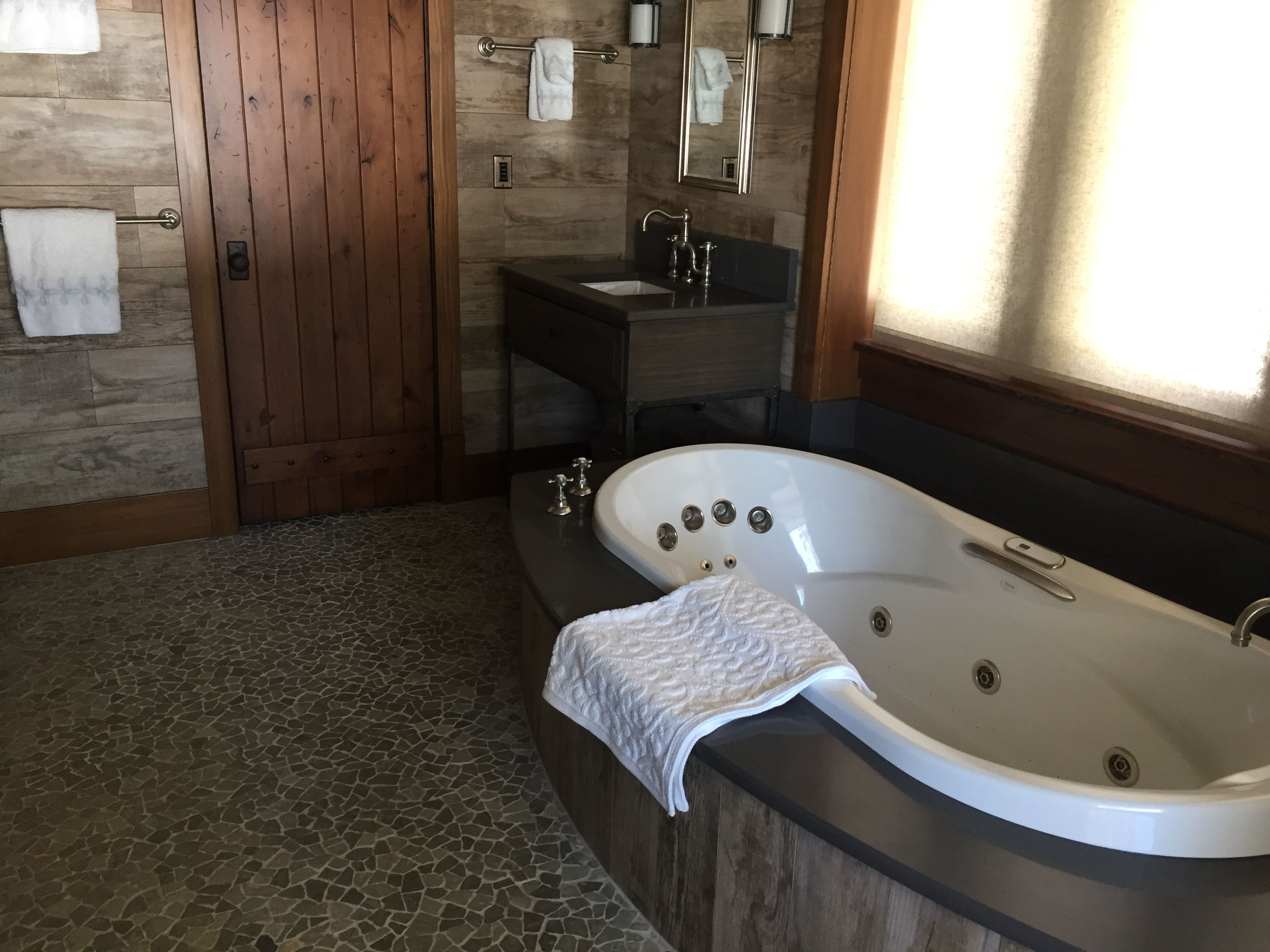 jet shower canada dimensions tubs tub your for jetted whirlpool amazing all photo splendid with wonderful bathtubs corner bathtub images beautiful full