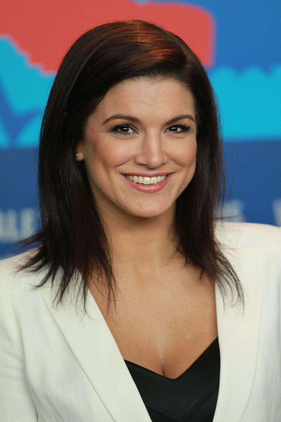 Gina carano diet plan and workout routine healthy celeb - On August 2009 Carano Would Also Headline Strikeforce Carano Vs Cyborg With Cristiane