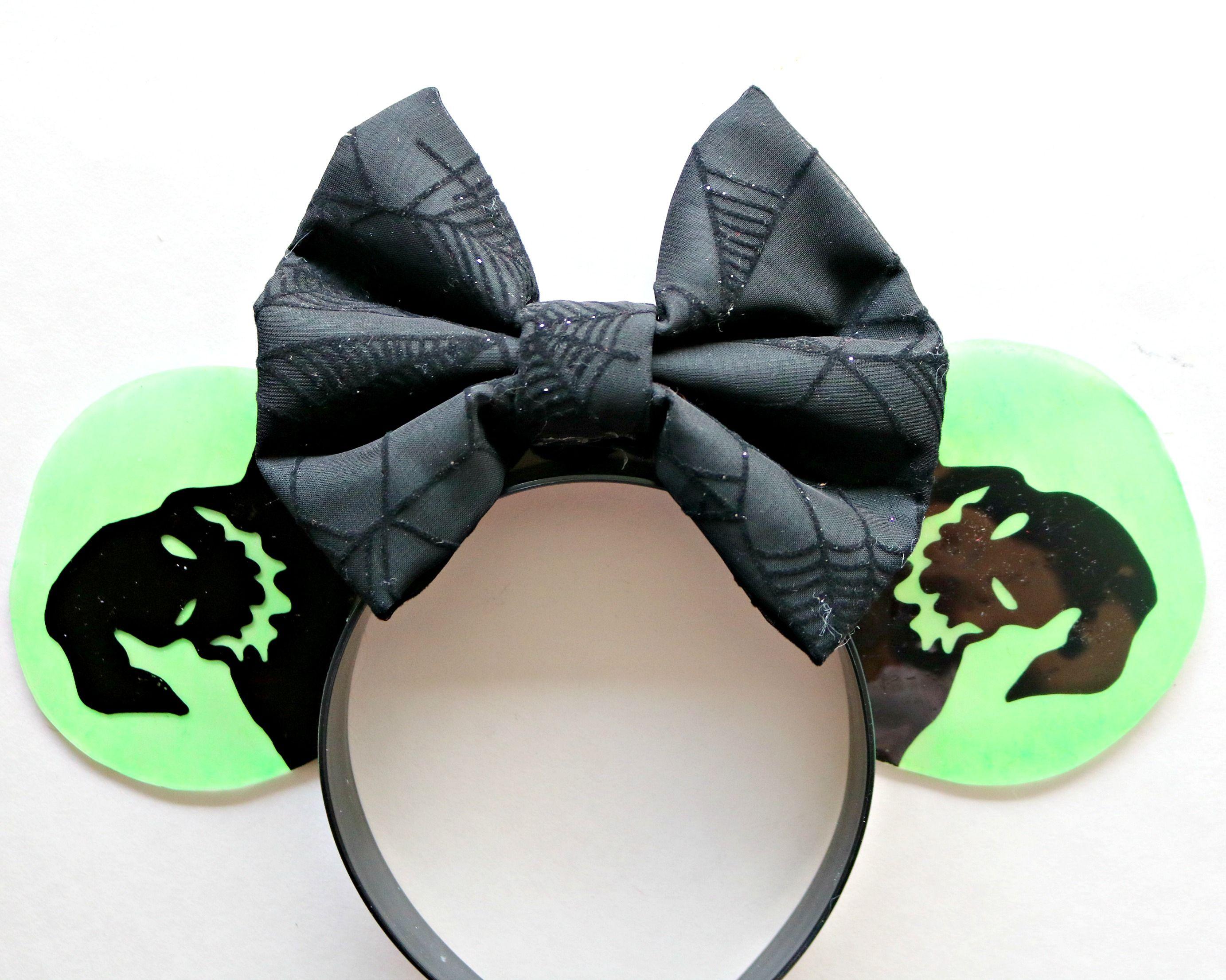 Christmas Minnie Ears 2019.Oogie Boogie Minnie Ears Disney Disney Mickey Ears