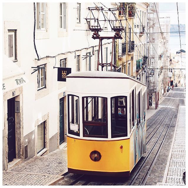 here's a typical #lisboa photo for you  #bekleidetgoesportugal by bekleidet