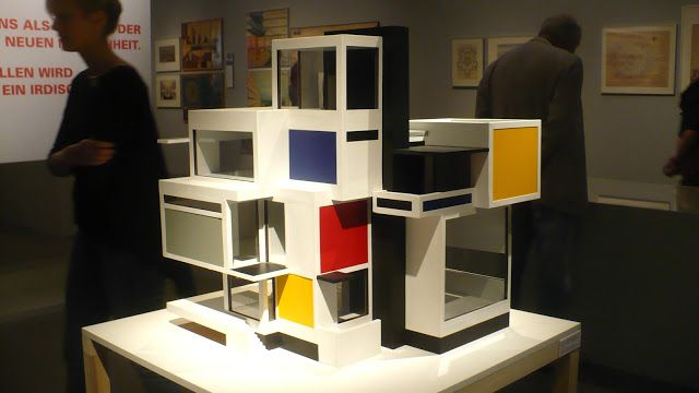 model of theo van doesburg 39 s maison d 39 artiste source cristiana eight eggs pinterest. Black Bedroom Furniture Sets. Home Design Ideas