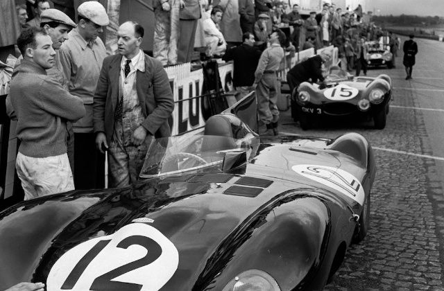 Moss, Jaguar D-Type, 24 Hours of Le Mans, France, 1954