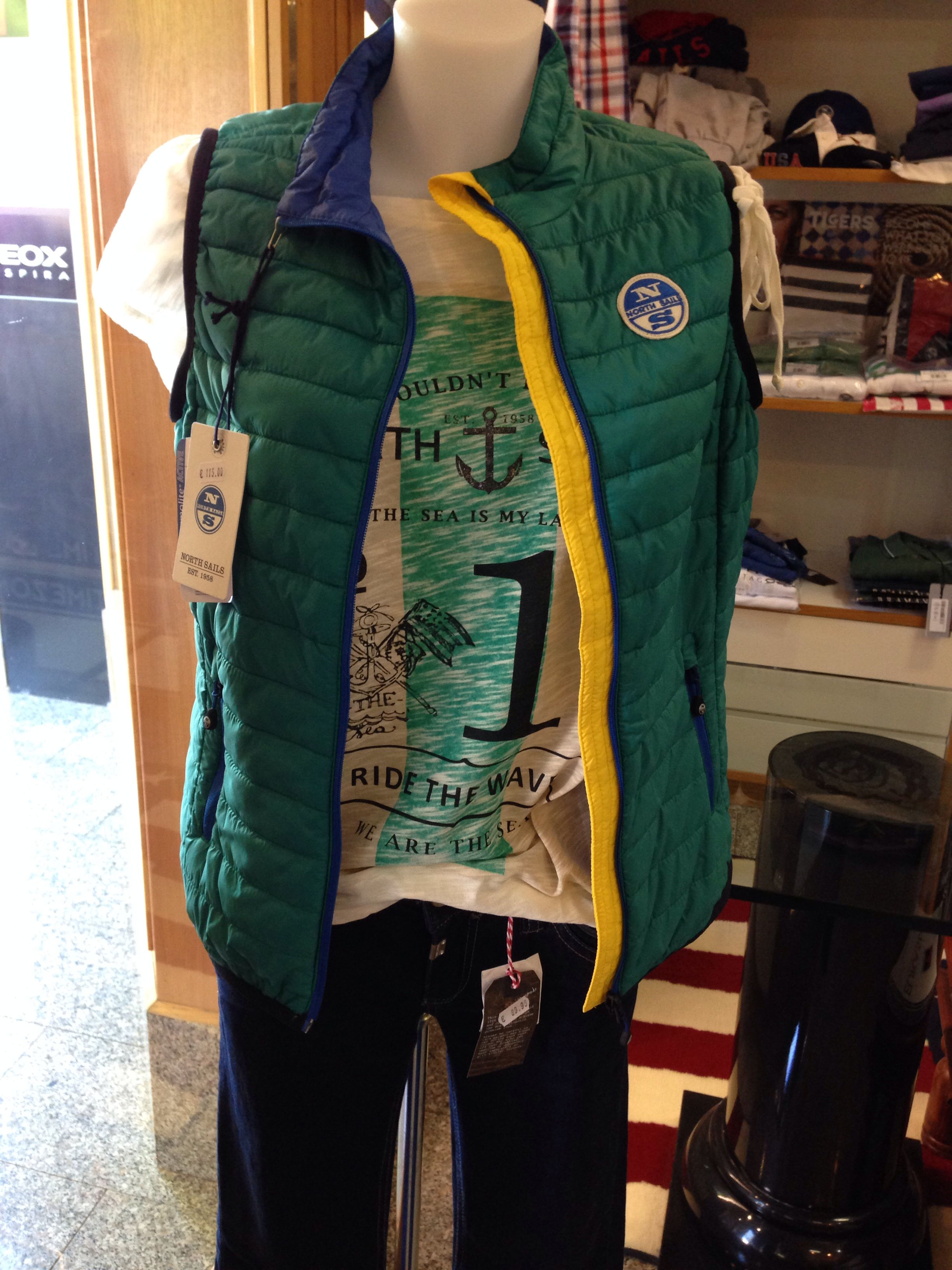North SAILS gilet e t shirt TIMEZONE. jeans