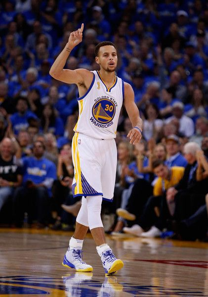 cdad10d1af92 Stephen Curry Photos - New Orleans Pelicans v Golden State Warriors - Zimbio