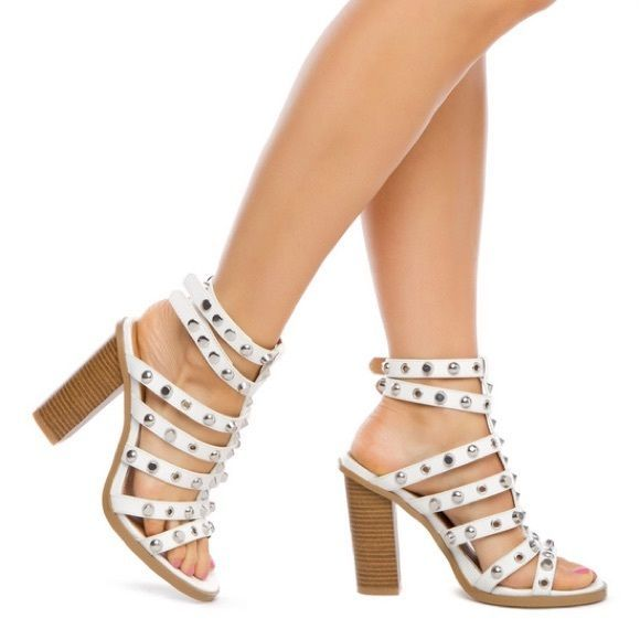 746357e726487e FinalWhite Studded platform sandals heels New women s studded chunky heel  ankle straps heels size  8