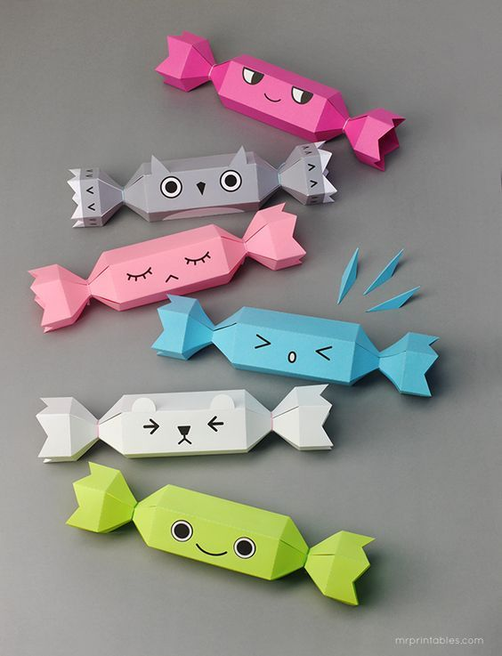 Meet The Crackers Christmas Cracker Templates For Kids Mr Printables Creative Christmas Crafts Free Christmas Printables Christmas Crackers