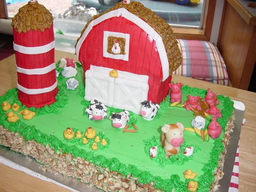 This Was My First Time Using Marzipan The Barn A Wilton Stand Up Pan Silo Stack Of Fudge Stripe Cookies With Icing As Glue