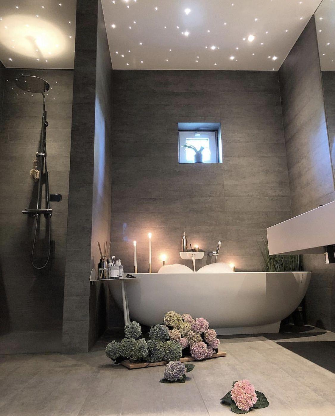 Beautiful Romantic Bathroom / Magnifique Salle de Bain Romantique ...