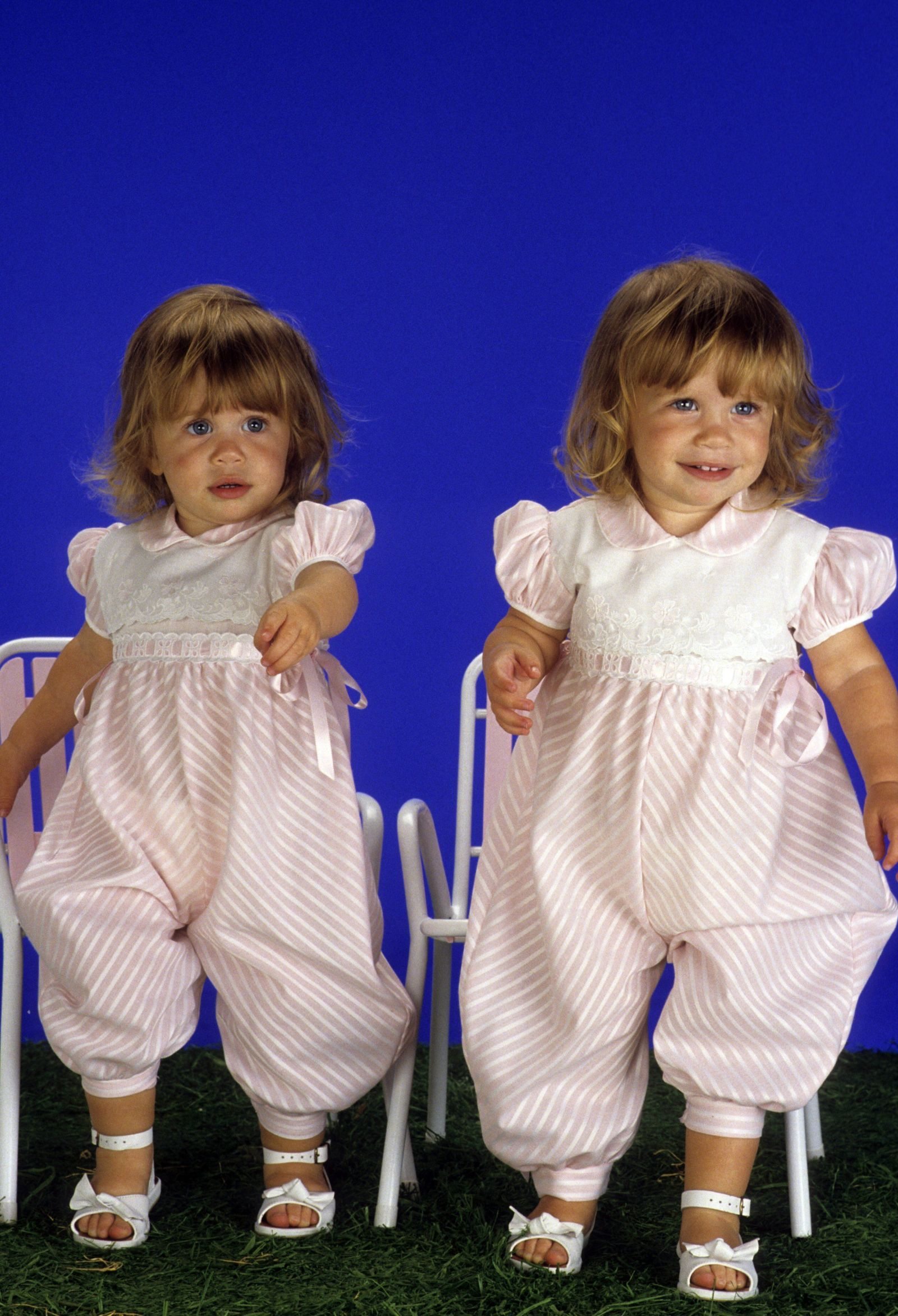 mary-kate & ashley olsen: see a photo from every year of their