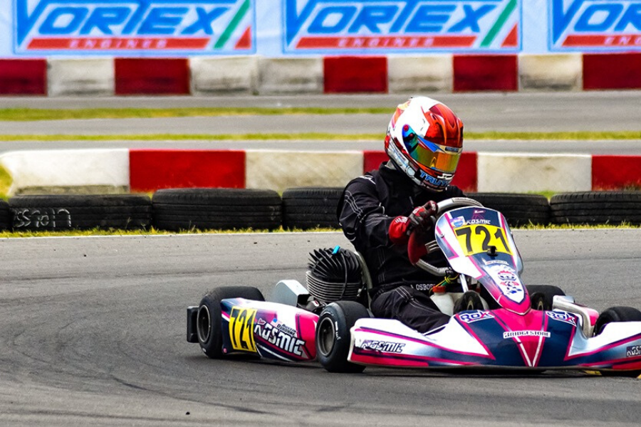 Finishline Performance Karting Is A State Of The Art Outdoor Go Kart Racing Complex Offering The Ultimate Experience For Bot Karting Go Kart Racing Kart Racing