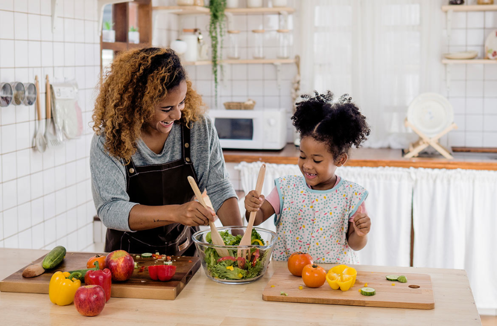 8 Online Cooking Classes For Kids To Keep Them Occupied In 2021 Cooking Classes For Kids Online Cooking Classes Online Cooking