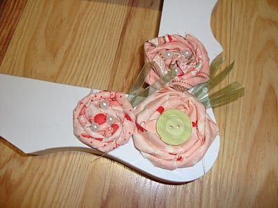 My World - Made By Hand: Rosettes {how to / tutorial}