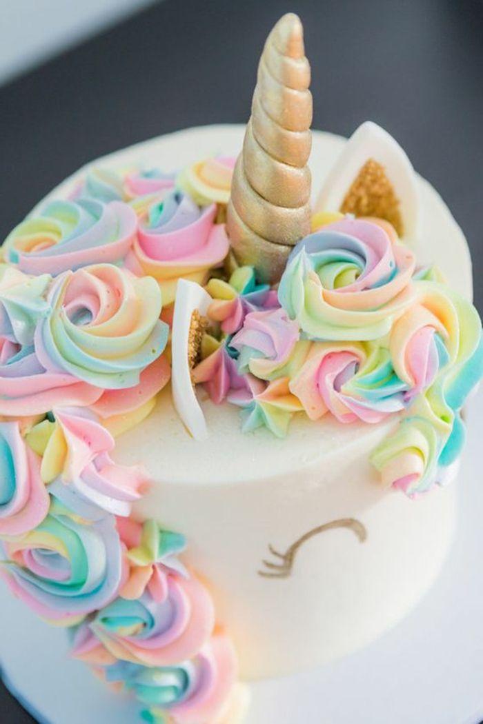 1001 ideen f r einzigartige einhorn kuchen und torten cake kuchen geburtstag torte und torten. Black Bedroom Furniture Sets. Home Design Ideas
