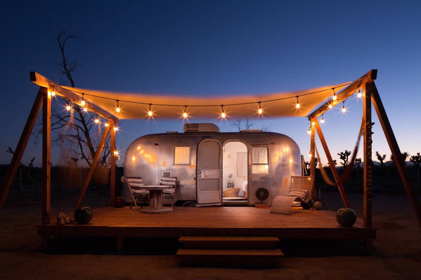 merchant on the road airstream - Campers/RVs for Rent in