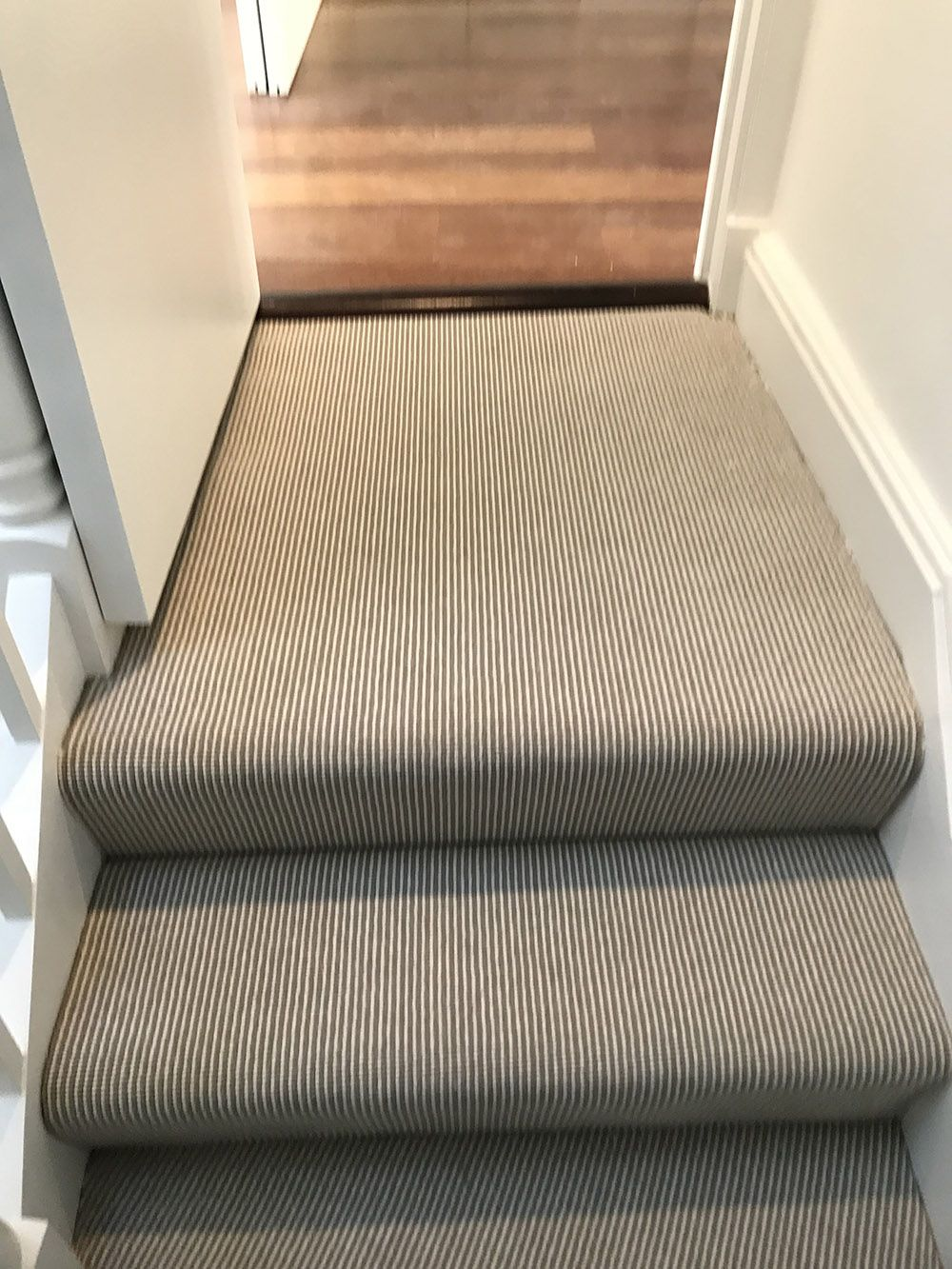 Installing Carpet To Stairs And Rooms In North London Residence #carpet # Stairs #staircase
