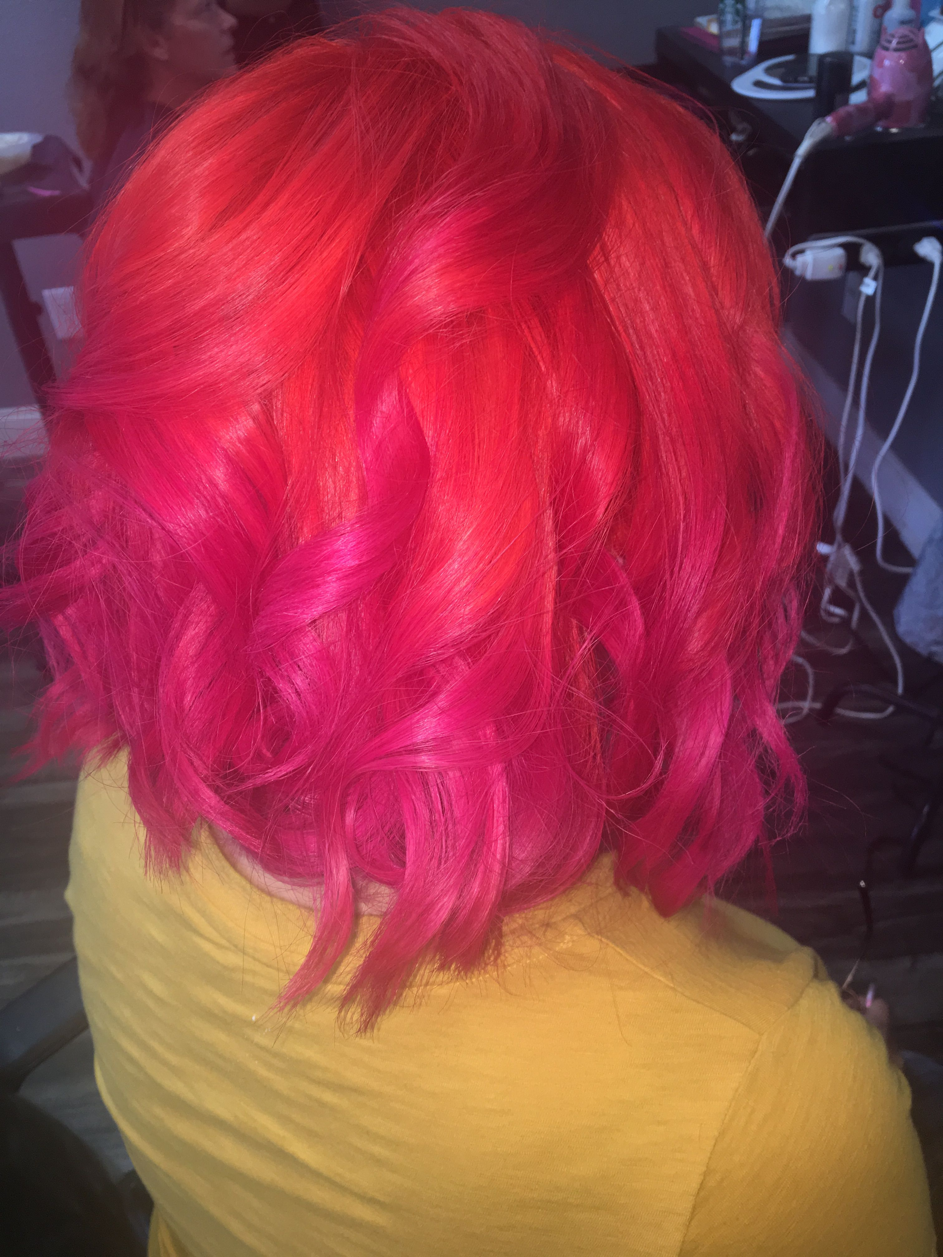 Orange Hair And Pink Hair Arctic Fox Sunset Orange To Virgin Pink No Dilution Or Mix Color Melted Hair B Arctic Fox Hair Color Color Melting Hair Pink Hair