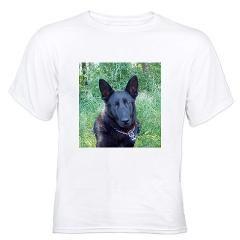 Cierny Sery T-Shirt > The Kennel